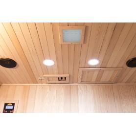 Fuldt udstyret med Bluetooth, Radio, Mp3-afspiller. Læselamper ventilation og farveterapi.